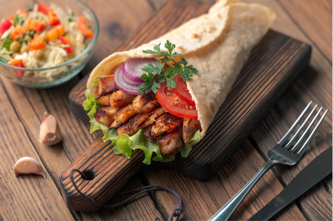 Tortilla z pieczonym kurczakiem - QAFP